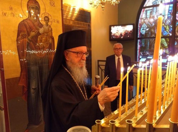 Ο Πατριάρχης Βαρθολομαίος προέτρεψε, πάλι, τον Αρχιεπίσκοπο Δημήτριο να υποβάλλει την παραίτηση του