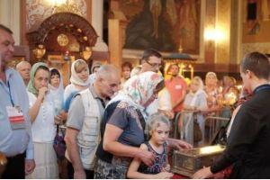 Σχεδόν 100 χιλ.άνθρωποι προσκύνησαν τη δεξιά Χείρα του Αγ.Σπυρίδωνος στο Κρασνοντάρ