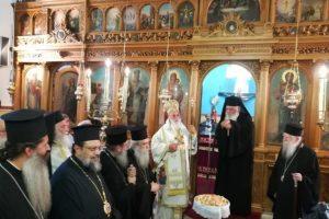 Στον εορτάζοντα Μητροπολίτη Μαντινείας ο Αρχιεπίσκοπος και πολλοί Αρχιερείς