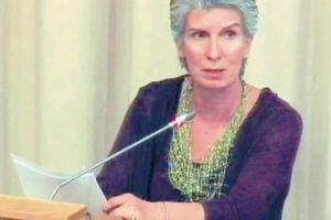 ΕΟΠΕΕΠ: «Επιβραβεύτηκε» η βλάσφημη διευθύντρια που πέταξε στα σκουπίδια την Εικόνα της Παναγίας