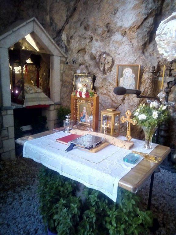 Δύο Ιερές Πανηγύρεις στους Αγίους Ισιδώρους Λυκαβηττού, για τον Άγιο Αριστείδη και για τον Τίμιο Σταυρό