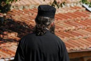 Ζευγάρι απατεώνων «έγδυνε» Ιερείς και μοναχές στην Καστοριά