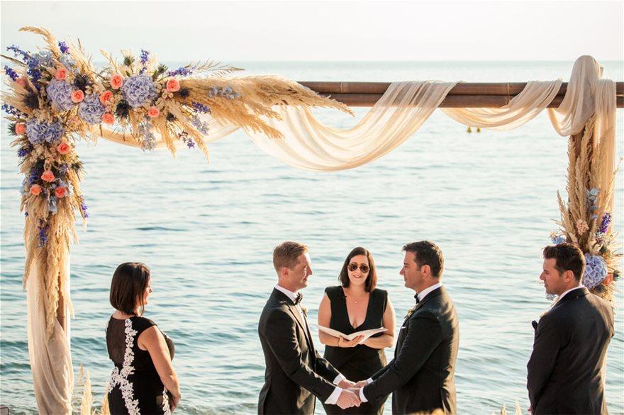 You are currently viewing Ο πρώτος gay γάμος στο Βόλο…Και εις ανώτερα!
