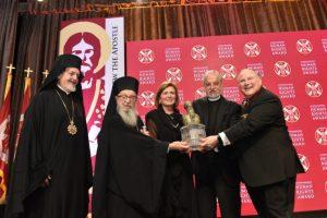 Το ζεύγος Καρλούτσου τιμήθηκε με το Αθηναγόρειο Βραβείο 2018, παρουσία του Αντιπροέδρου Μπάιντεν