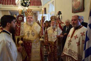 Πανδήμως και περιλάμπρως οι Μυκόνιοι τίμησαν τον Πολιούχο τους Άγιο Αρτέμιο