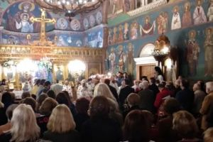 Έρευνα: Οι Έλληνες περισσότερο πιστοί και  από τους Ρώσους -Στροφή προς τη συντήρηση της κοινωνίας μας