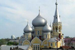 Ο πιστός λαός προς τον Πατριάρχη Μόσχας: «Μην  κάνετε κληρικούς και λαϊκούς νόμισμα συναλλαγής στις πολιτικές διαφωνίες σας»