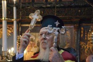 """Ο Οικ.Πατριάρχης Βαρθολομαίος από τον Άγιο Δημήτριο Ξυλόπορτας για το ουκρανικό: """"Μυθεύματα όσα γράφονται περί υπάρξεως άλλων κινήτρων"""""""