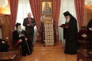 Αρχιεπίσκοπος Ιερώνυμος: «Το μεγάλο «όπλο» στα χέρια των Χριστιανών είναι η προσευχή του ενός για τον άλλον»