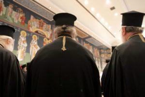 «Ψυχρολουσία» για τον Αρχιεπίσκοπο, το συμπέρασμα από την πρώτη σύναξη των ιερέων της Αρχιεπισκοπής