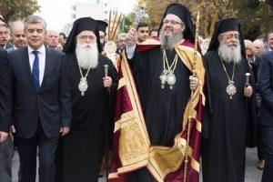Η Λάρισα υποδέχτηκε  τον νέο της Ποιμενάρχη- Δεν παρέστη ο Αρχιεπίσκοπος Ιερώνυμος λόγω αδιαθεσίας