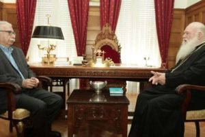 Ο Κώστας Γαβρόγλου συναντήθηκε με τον Αρχιεπίσκοπο και δύο Συνοδικούς Ιεράρχες