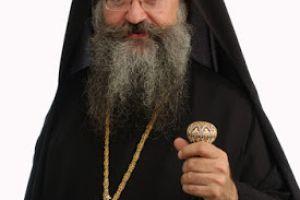 """ΕΚΘΕΤΕΙ ΤΣΙΠΡΑ ΚΑΙ ΙΕΡΩΝΥΜΟ Ο ΣΕΒ. ΜΗΤΡΟΠΟΛΙΤΗΣ ΓΟΡΤΥΝΗΣ ΚΑΙ ΑΡΚΑΔΙΑΣ κ. ΜΑΚΑΡΙΟΣ: """"Ο κ. Ιερώνυμος δεν αισθάνθηκε την ηθική έστω υποχρέωση να ενημερώσει την Εκκλησία Κρήτης"""""""