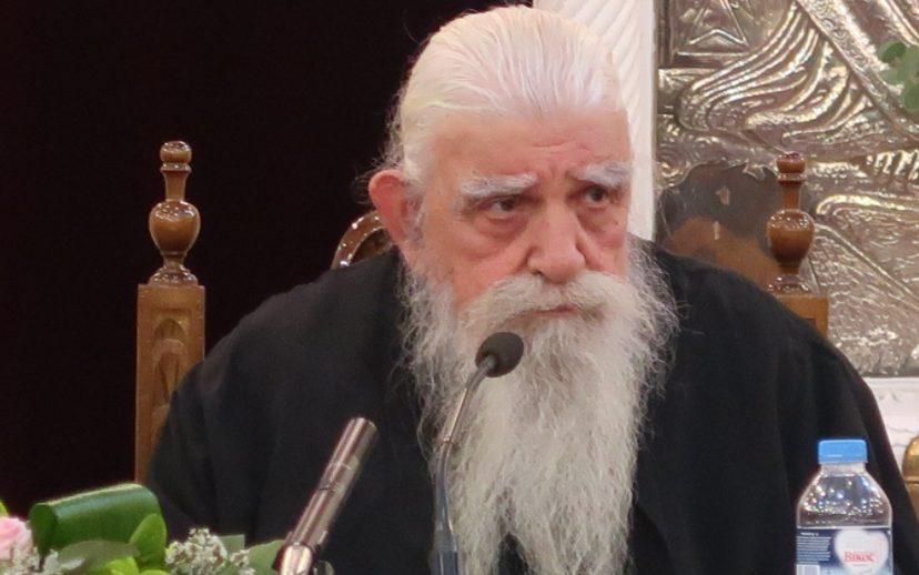 Ένας λενέντης Ιερεύς, ο π. Στέφανος Αναγνωστόπουλος, γράφει με πόνο ψυχής για τα σχέδια κατά του Ιερέων