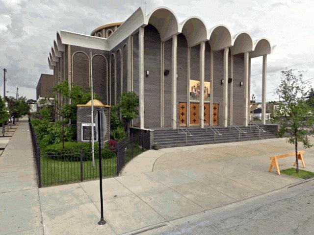 Πτώχευσε η ιστορική κοινότητα Αγίας Τριάδος Σικάγου – H τράπεζα παίρνει τα κτίρια
