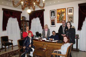 Τον Μητροπολίτη Μεσσηνίας Χρυσόστομο, « ανέκριναν» οι σπουδαστές  του τμήματος Δημοσιογραφίας του Δ.ΙΕΚ Καλαμάτας