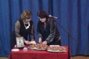 Η πρωτοχρονιάτικη πίτα του «Φάρου» στη Χίο,με πολύ μεγάλη συμμετοχή.