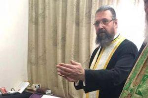 Σε λαϊκό προσκύνημα το σκήνωμα του Μητροπολίτη πρ.Καρπενησίου Νικολάου