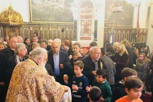 Ι.Μ. Κερκύρας: Μεγάλη προσέλευση μαθητών στη Θεία Λειτουργία