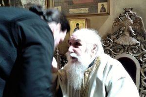 Ο Γέρων και ο Νέος: Ο πρώην και ο νυν Νέας Ιωνίας διδάσκουν εκκλησιαστικό ήθος
