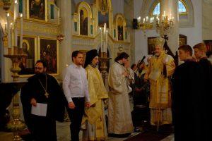 Ο Σεβ.Γαλλίας Εμμανουήλ στα αποκαλυπτήρια του πιστοποιητικού βαπτίσεως του Παύλου Μελά