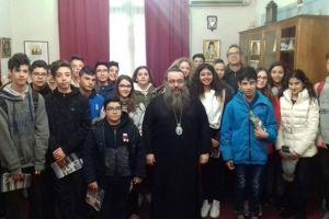 Μάθημα θρησκευτικών και ιστορίας από τον Χίου Μάρκο προς τους μαθητές του Γυμνασίου που φοίτησε και ο ίδιος
