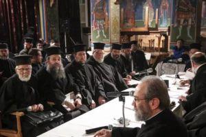 Οι Ελληνες Κληρικοί δεν κάνουν πίσω στις θέσεις τους