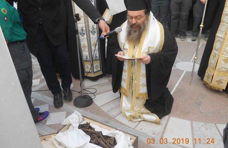 Παρουσία αρχών και πιστών τα αποκαλυπτήρια της προτομής του Μητροπολίτη Παντελεήμονος Φωστίνη στο Ιερό Τάγμα στη Χίο