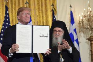 Ο πρόεδρος Τραμπ τιμά την Ημέρα της Ελληνικής Ανεξαρτήσιας στον Λευκό Οίκο