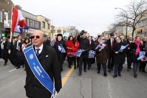 25η Μαρτίου: Ο Πρωθυπουργός του Καναδά στην παρέλαση των Ελλήνων μαζί με τον Μητροπολίτη Σωτήριο
