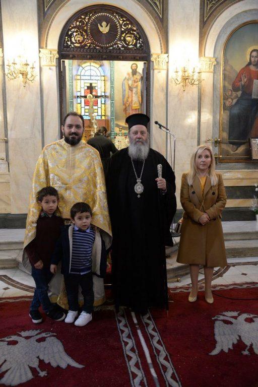 Πατρῶν Χρυσόστομος: «Παιδί μου, σήκωσε τό δικό σου σταυρό μέ ὑπομονή καί ἀγάπη γιά νά φθάσῃς στήν Ἀνάσταση.