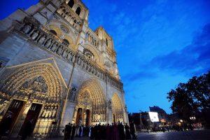 Πρωτοφανές «κύμα» δωρεών για την Παναγία των Παρισίων – Ξεπέρασαν το 1 δισ. ευρώ