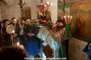 Κυριακή της Σταυροπροσκυνήσεως στο Πατριαρχείο Ιεροσολύμων με το παλαιό εορτολόγιο