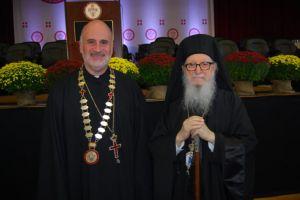 Η Μασαχουσέτη κρούει τον κώδωνα του κινδύνου για τη Θεολογική Σχολή Τιμίου Σταυρού