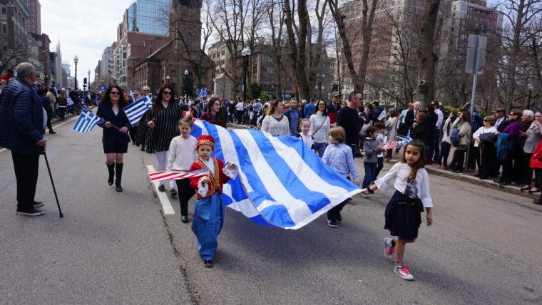 You are currently viewing Η παρέλαση της Ομογένειας στη Βοστώνη