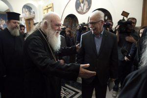Σιωπή από την Εκκλησία για την «απειλή» Γαβρόγλου ότι θα βρεθούν στον αέρα 4.000 κληρικοί