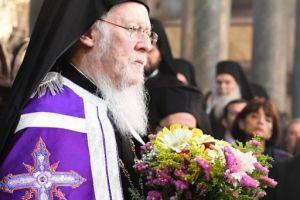 Σε ατμόσφαιρα συγκίνησης η Ακολουθία  της Αποκαθηλώσεως στο Οικουμενικό Πατριαρχείο