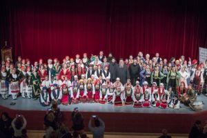 Οι πολιτιστικές εκδηλώσεις του Ιερού Ναού Αγίου Γεωργίου Γιαννιτσών για το διάστημα Μάιος –  Ιούνιος 2019 ξεκίνησαν με τις παραστάσεις των χορευτικών τμημάτων και των χορωδιών του Ιερού Ναού το διήμερο 12-13 Μαΐου 2019 στο Πνευματικό Κέντρο του Δήμου Πέλλας.