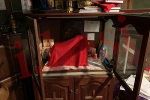 Βίντεο και φωτογραφίες από τον βανδαλισμό του Ιερού Ναού στο Γηροκομείο Αθηνών