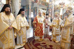 Λαμπροπρεπώς η Ελασσώνα τίμησε τον Πολιούχο της Άγιο Αρσένιο