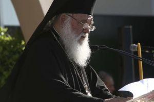 Αρχιεπίσκοπος Ιερώνυμος στο Δήλεσι : «Να γίνει το σπίτι του παππού και της γιαγιάς, των παιδικών μας αναμνήσεων»