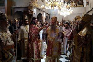 Χιλιάδες πιστοί στον θαυματουργό Άγιο Εφραίμ στη Νέα Μάκρη