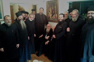 Η εορτή -έκπληξη που οργάνωσε ο Σεβ. Ιωνίας Γαβριήλ στον εορτάζοντα  προκάτοχό του Κωνσταντίνο.