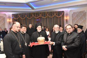 Οι ιερείς καλωσόρισαν τον Αρχιεπίσκοπο Ελπιδοφόρο