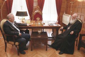 Κ. Σκανδαλίδης: Ο Αρχιεπίσκοπος είναι οδηγητής που δίνει κουράγιο και δύναμη