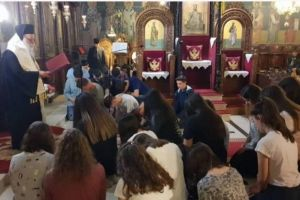 Βραδινή Θεία Λειτουργία για τους μαθητές στα Γρεβενά