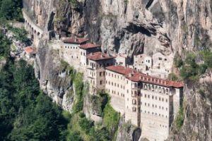Δεν θα πραγματοποιηθεί και εφέτος η Πατριαρχική Θεία Λειτουργία στην Ι.Μονή Παναγίας Σουμελά Τραπεζούντος