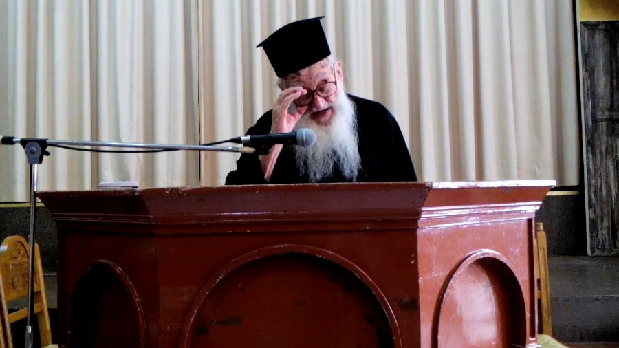 You are currently viewing Εκοιμήθη ο π. Νεκτάριος Μαρμαρινός: μια μεγάλη μορφή της Ορθοδοξίας και της Κορινθίας