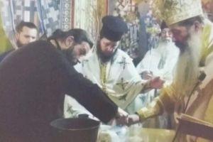 Εγκαίνια Αγίας Τραπέζης από τον Θεσπιών Συμεών στο Περεκκλήσιο του Προφήτη Ηλία Παγκρατίου