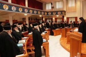 Το πρόβλημα των ανήμπορων Ιεραρχών δίνει την ευκαιρία στον Αρχιεπίσκοπο και στην Ιεραρχία να λάβουν γενναίες αποφάσεις